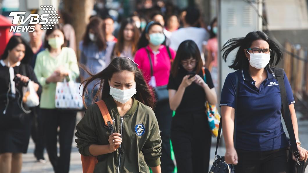 示意圖,與本文無關。(圖/TVBS) 一堆人戴口罩露鼻孔 急診醫無奈嘆:何苦跟我們搶?