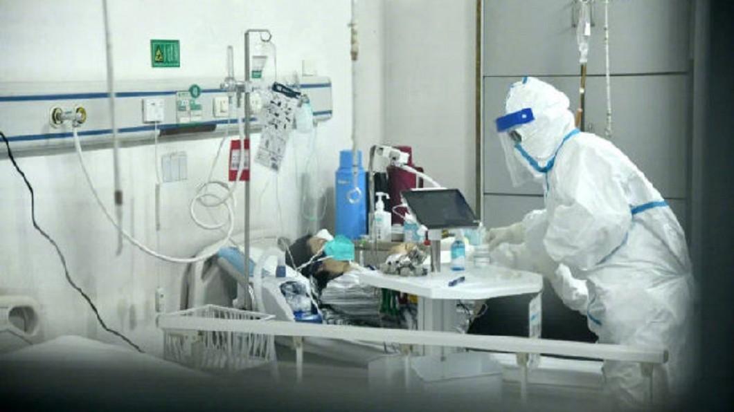 示意圖/翻攝自微博 第一線現況曝光!護理師把小孩送出城「一個人獨留武漢」