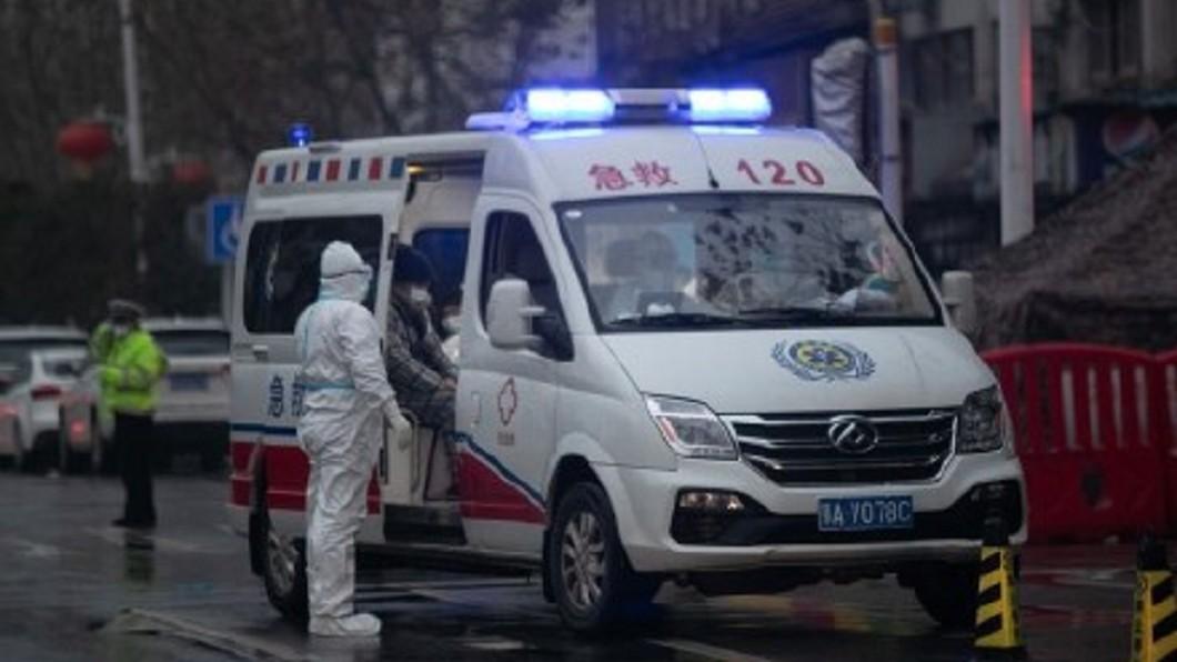 圖/翻攝自微博 武漢肺炎 中國首名醫護人員遭感染死亡