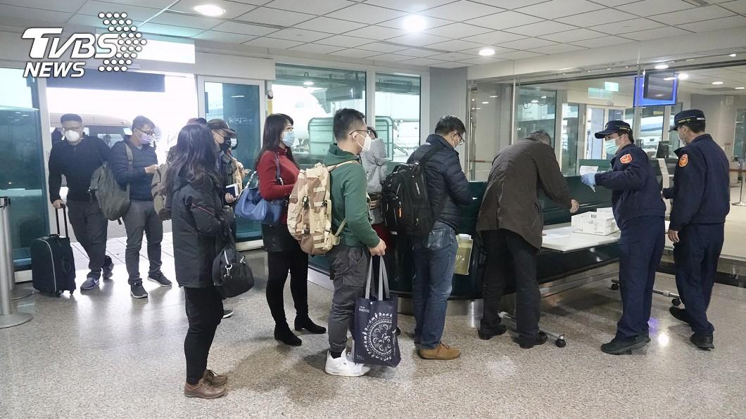 示意圖/中央社 女陸客確診武漢肺炎 17名團員安排離境