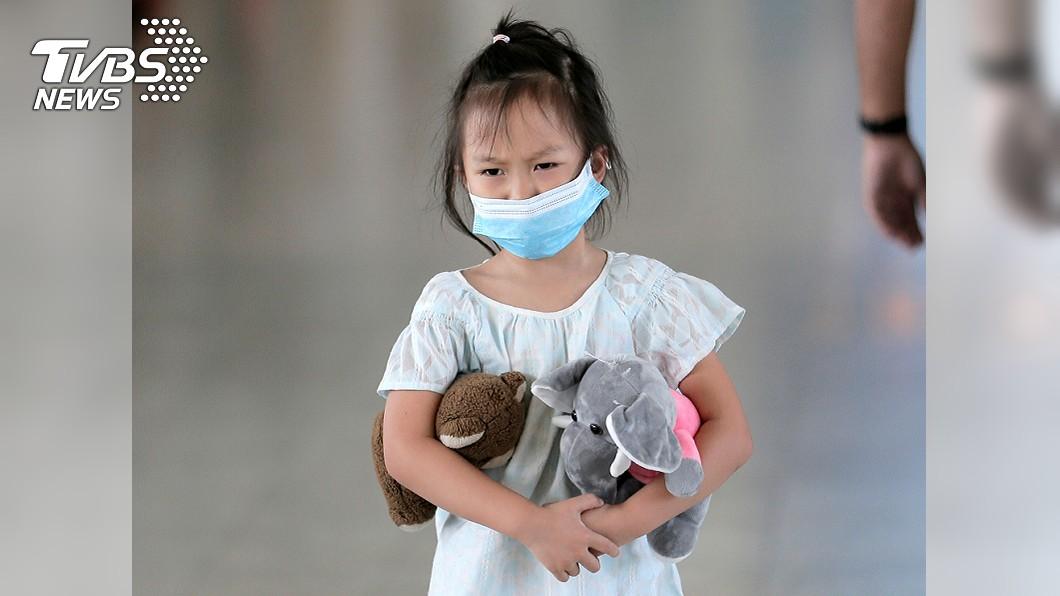 圖/達志影像路透社 疫情失控!武漢肺炎已80死 北京9個月大女嬰也中鏢