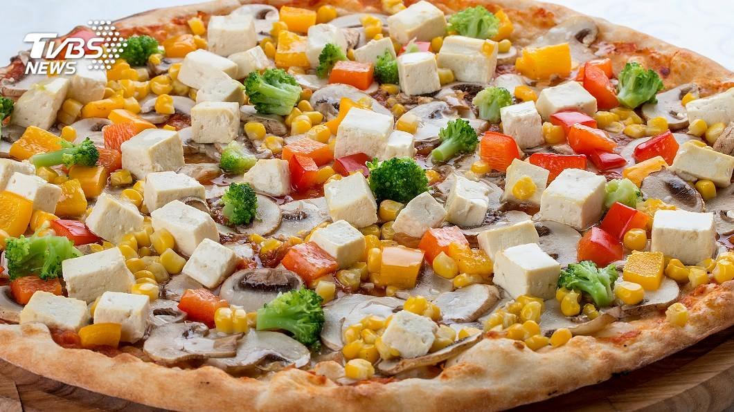 示意圖/TVBS 從沒看過的美食! 「披薩火鍋」譜美味協奏曲