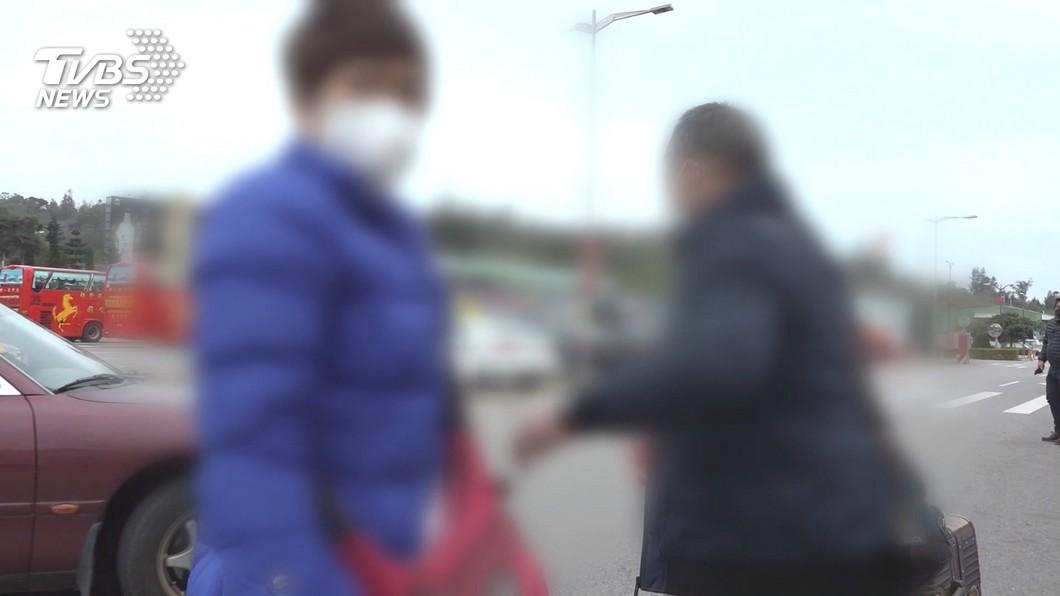 該對江姓夫妻日前想走小三通去對岸,遭發現竟嗆移民署官員「被你們餓死」。(圖/TVBS資料照) 居檢二度開溜!夫妻未繳罰金+逃出國 超慘下場曝