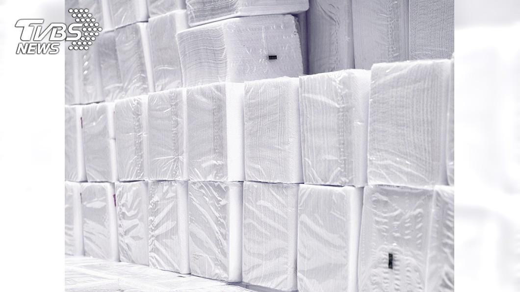 (示意圖/TVBS) 謠傳衛生紙缺貨!美式賣場被掃光 網怒:無知造成恐慌
