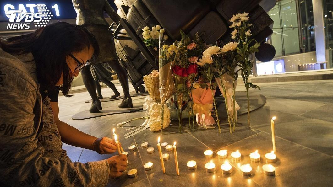 圖/達志影像美聯社 泰軍人濫射增至30死 泰國數百人燭光晚會悼念