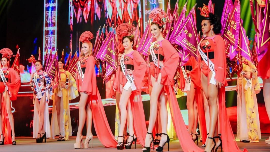 第34屆世界夫人全球總決賽於中國大陸佛山舉行。(圖/范玉玲提供) 世界夫人全球總決賽 台灣代表獲亞軍