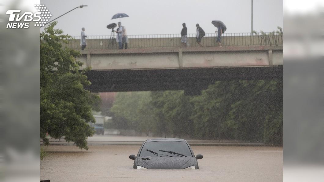 圖/達志影像美聯社 巴西聖保羅豪雨成災多處淹水 全市交通癱瘓