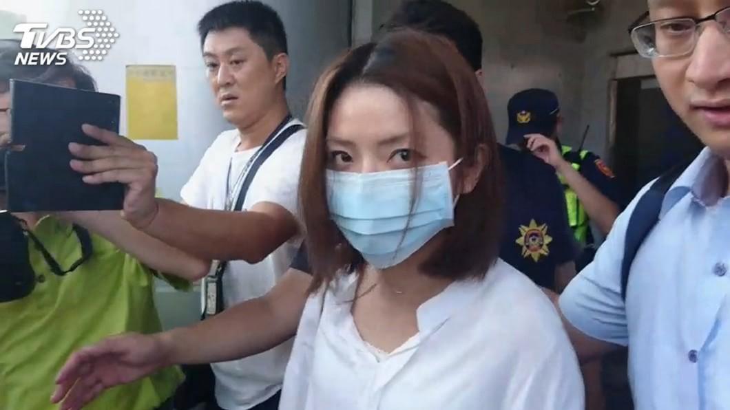 郭芷嫣曾放話要在反罷工機師餐加料以及電爆中途落跑的空服員。(圖/TVBS資料畫面) 曾放話在機師餐加料!郭芷嫣遭長榮解雇 半年後洩心聲
