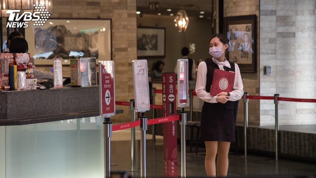 圖/中央社 武漢肺炎衝擊 政院擬推20億夜市餐廳商圈抵用券