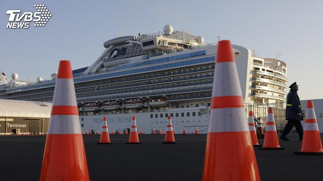 圖/達志影像美聯社 鑽石公主號14日開始檢測 高齡陰性者先下船
