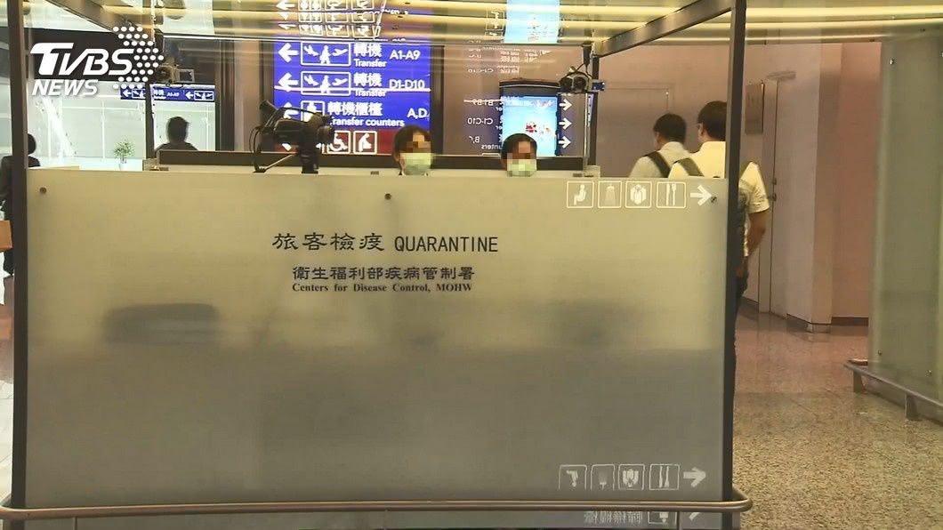 (示意圖,與本事件人物無關。圖/TVBS) 「我們會先垮!」加班抱病上工 機場防疫人員吐心聲