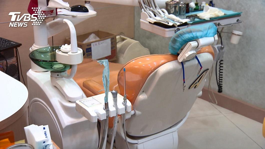 全台半數牙醫參加!牙展「嘸取消」 醫憂防疫