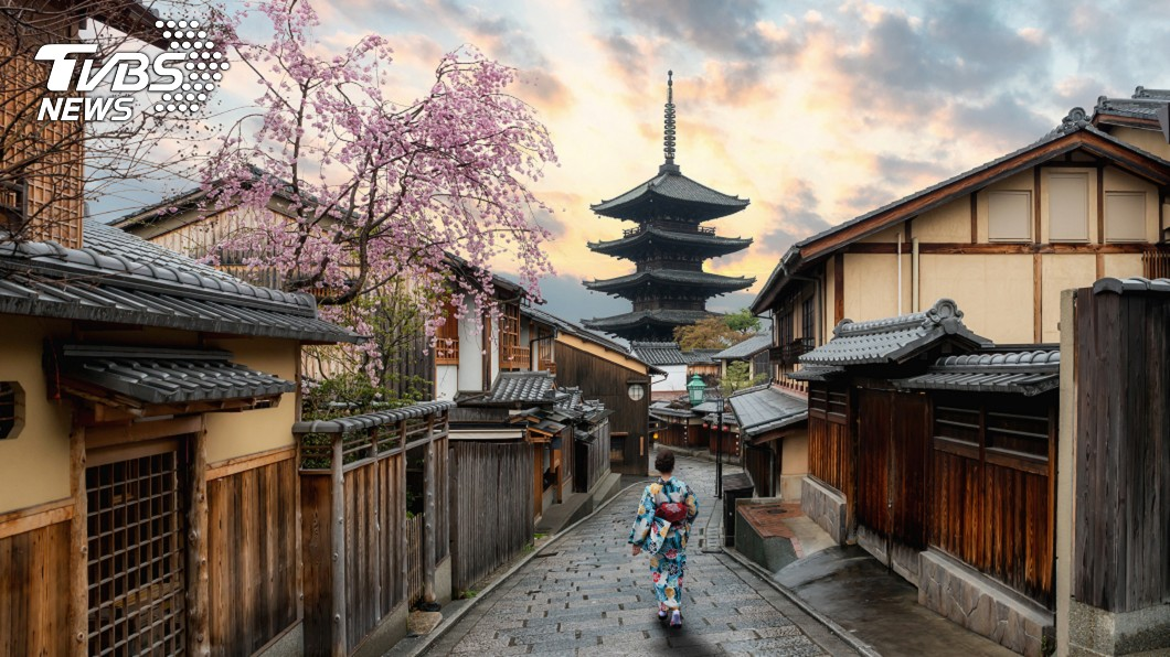 很多人喜歡去日本旅遊。(示意圖/TVBS) 早訂好的日本行要去嗎? 醫師提5理由:先不要!