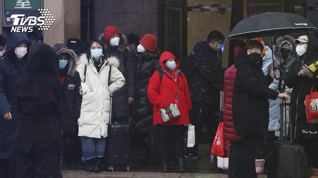 圖/達志影像美聯社 才開工一周重慶爆群聚感染 封樓隔離