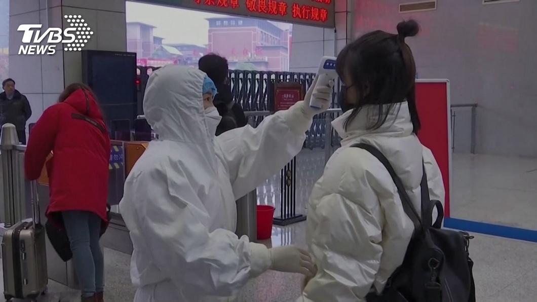 新冠肺炎造成全大陸成疫區,其中湖北更是超級重災區。(圖/TVBS) 要徹底阻斷疫情 湖北社區公告:夫妻必須分床睡覺