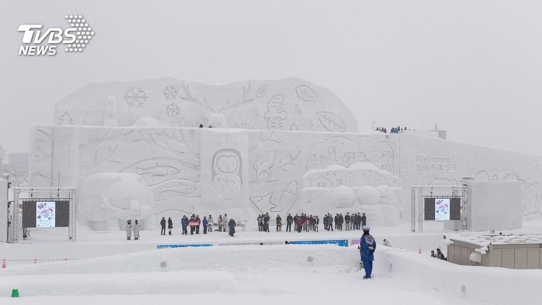 日本北海道的札幌雪祭,是當地熱門的觀光景點。(圖/TVBS) 北海道機加酒5天4夜9999要衝嗎?網酸:現在去超賺