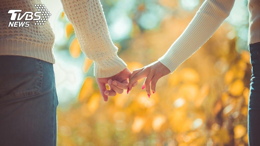 新冠肺炎疫情延燒全球。(示意圖/TVBS) 才浪漫度蜜月!新婚夫妻返台秒閉關…揭居家檢疫生活