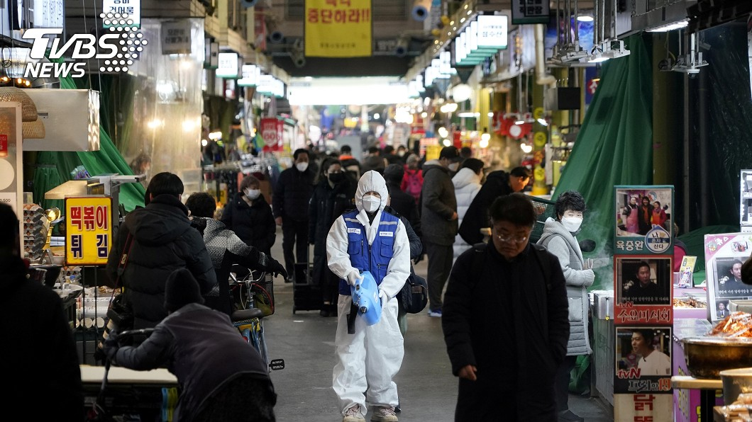 (示意圖/TVBS) 南韓確診破2千!他曝當地人「2飲食習慣」鄭弘儀嚇傻