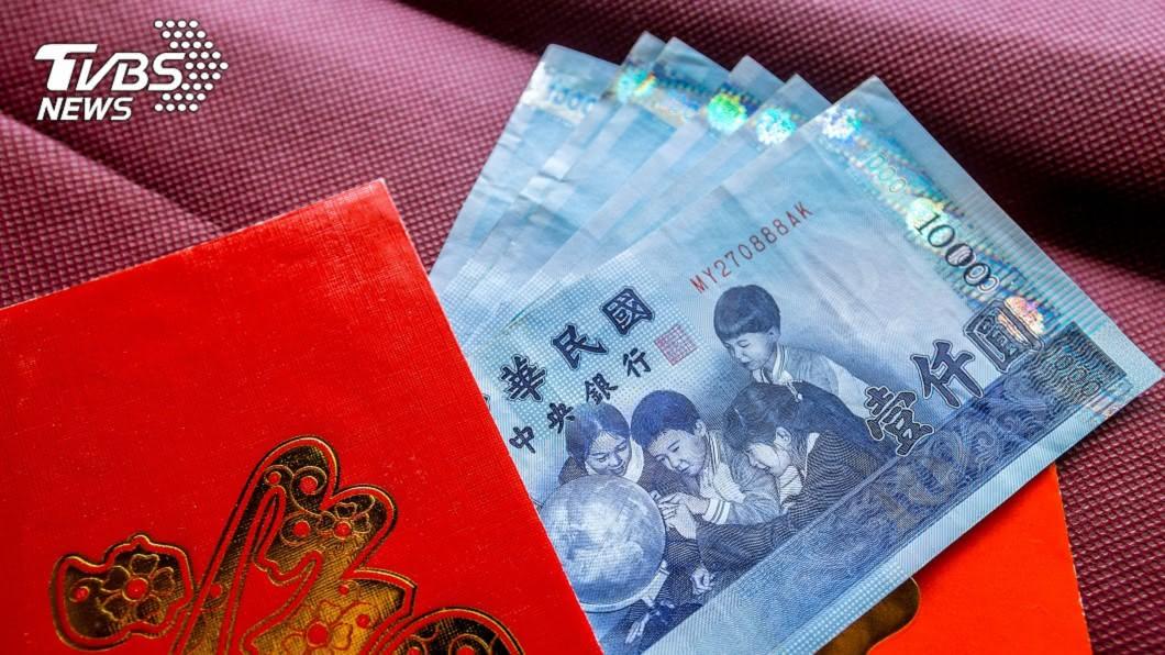 紅包示意圖,與本文無關。(圖/TVBS資料照) 路邊撿紅包下場超慘!女星「連衰2個月」險沒命