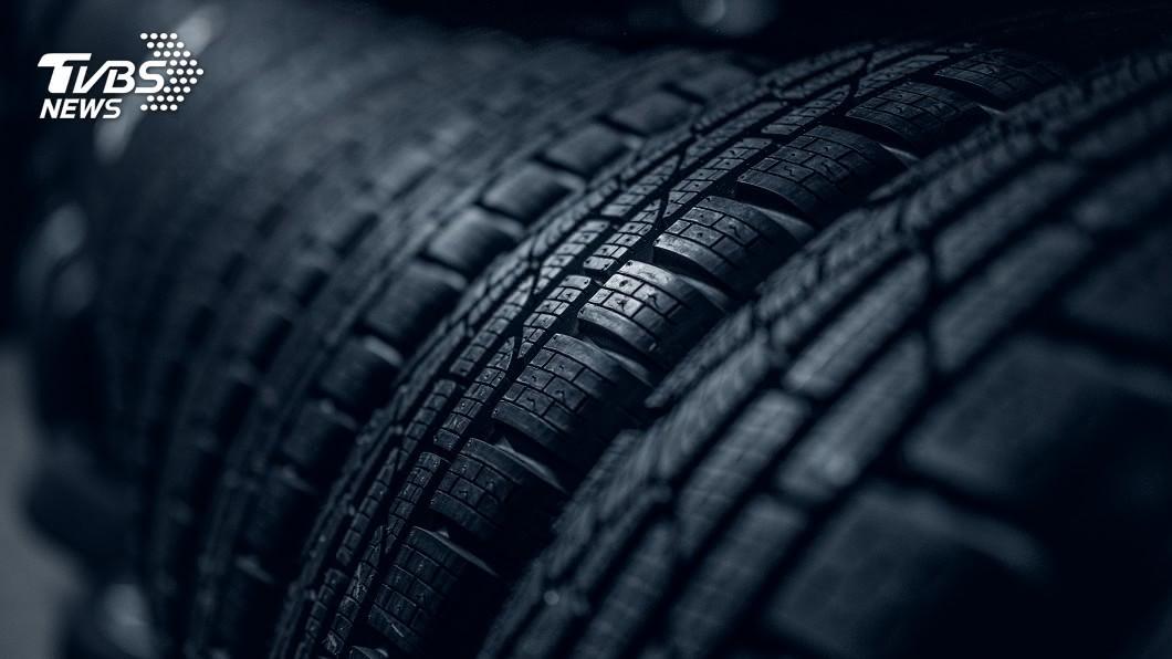 示意圖/TVBS 未來汽車不用換輪胎 胎面磨損自動「再生」