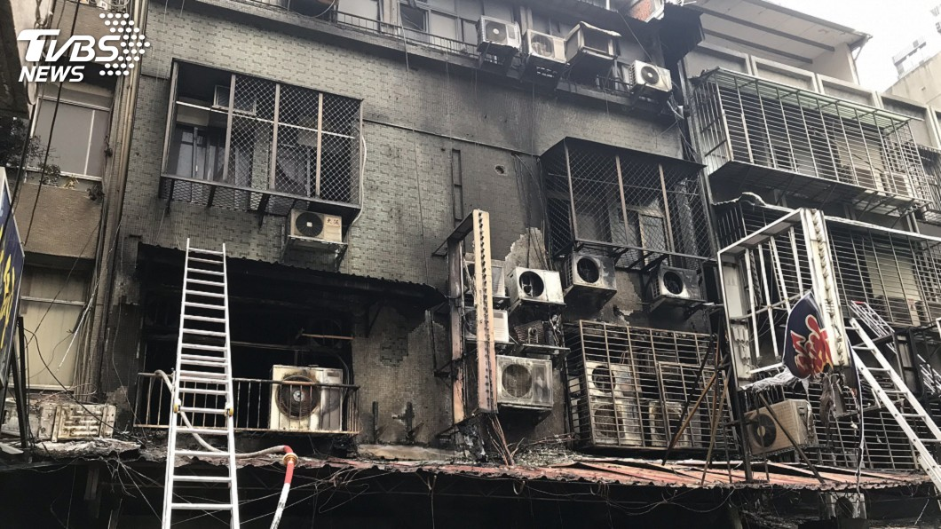 圖/中央社 6旬男搶救多天仍不治 華西街公寓大火案釀6死
