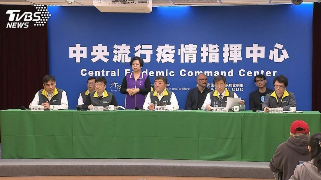 中央流行疫情指揮中心指揮官陳時中指出,台灣疫情進入境外移入高峰期。(圖/TVBS) 「毀滅倒數」28天?醫提7大警示:台防疫成敗重要關鍵