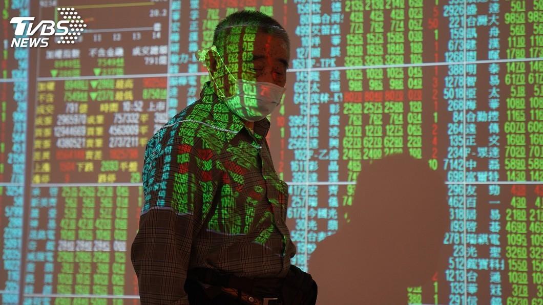 圖/中央社 台股成提款機 外資今年累計賣超逾5千億