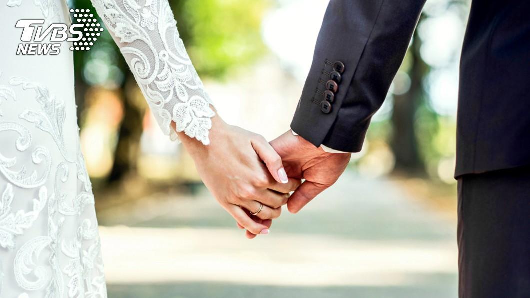 (示意圖/TVBS) 女兒即將嫁人!母翻族譜見「驚人真相」怒斬婚事:不准結
