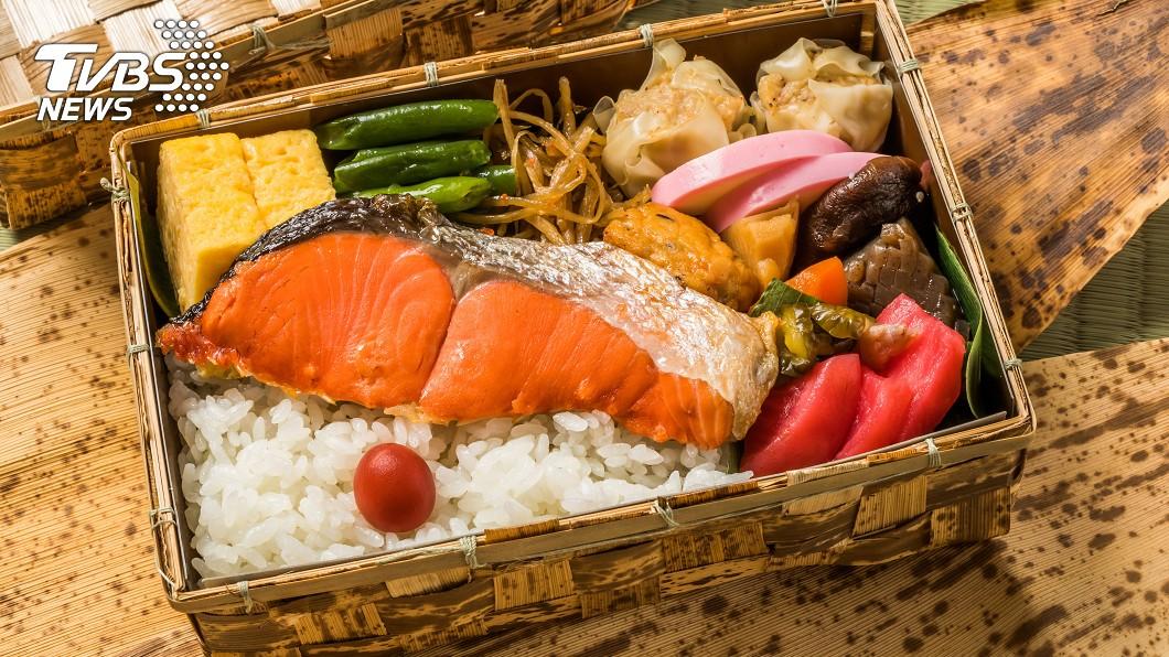 示意圖/TVBS 三千顧客取消訂位 米其林餐廳改外賣便當