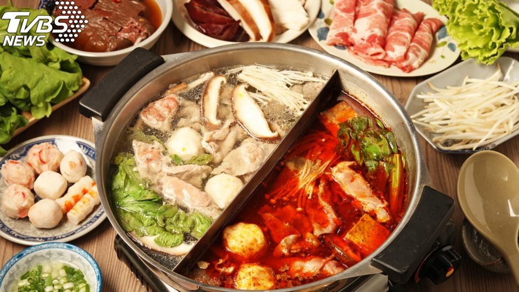 許多民眾都愛吃火鍋。(示意圖/TVBS) 在家連爽嗑3天火鍋 男肚子爆痛送醫「抽出4公升膿液」