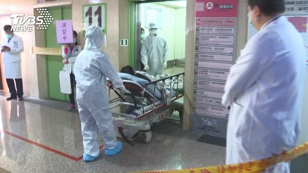 輕症改一採免住院 感染醫:台灣走向佛系防疫