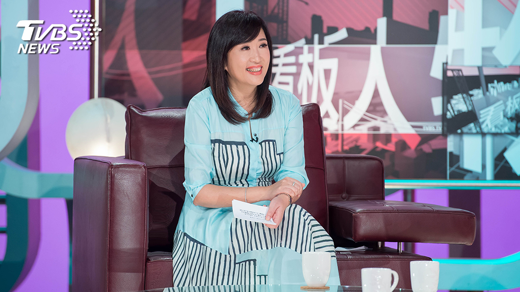 《TVBS看板人物》主持人方念華。圖/TVBS 《TVBS看板人物》主持人方念華被柯佳嬿點名洗手挑戰