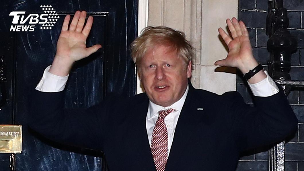 英國首相強生確診罹患新冠肺炎。(圖/達志影像路透社) 英相強生確診新冠肺炎 昔稱病毒不會阻止他握手