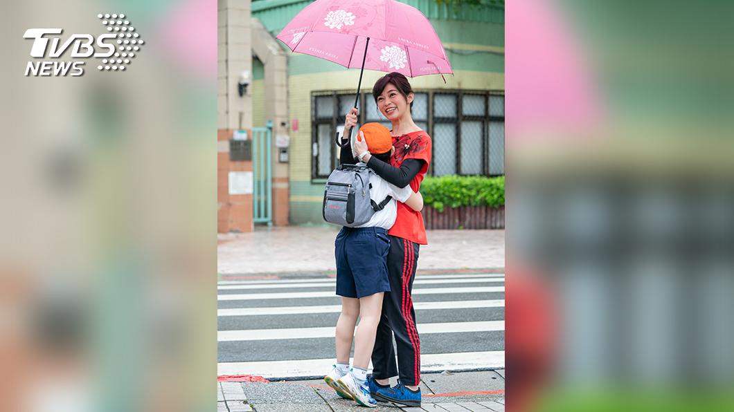 圖/TVBS提供 《健康2.0》延長戰線 鄭凱云首度與兒同框拍片