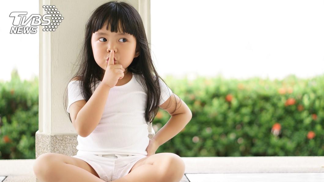 醫師提醒,講話大聲恐助新冠病毒傳播。(示意圖/TVBS) 「講話大聲」恐助長病毒傳播? 醫提醒:須小心