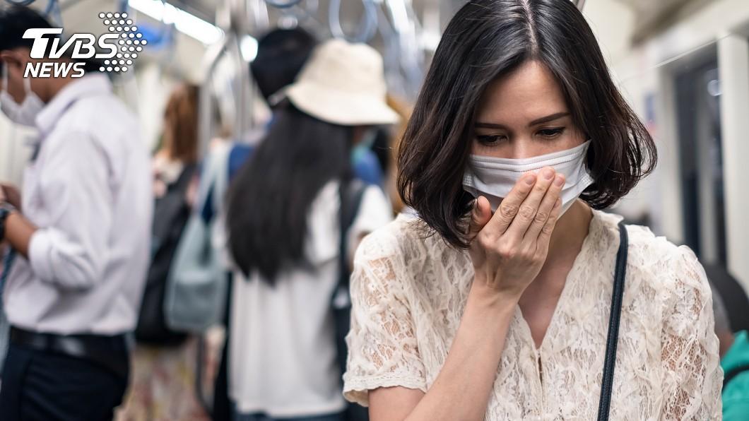 17年前SARS病毒也會使人喪失嗅覺。(示意圖/TVBS) 抗煞染疫「失去嗅覺17年」 護理師嘆:沒人敢看診