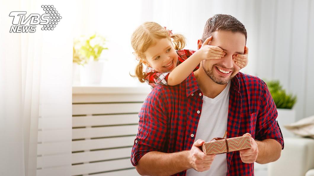 現代許多爸爸反而想生女兒 (示意圖/TVBS) 他驚「身邊爸爸都女兒控」 網解析2原因:生男孩虧