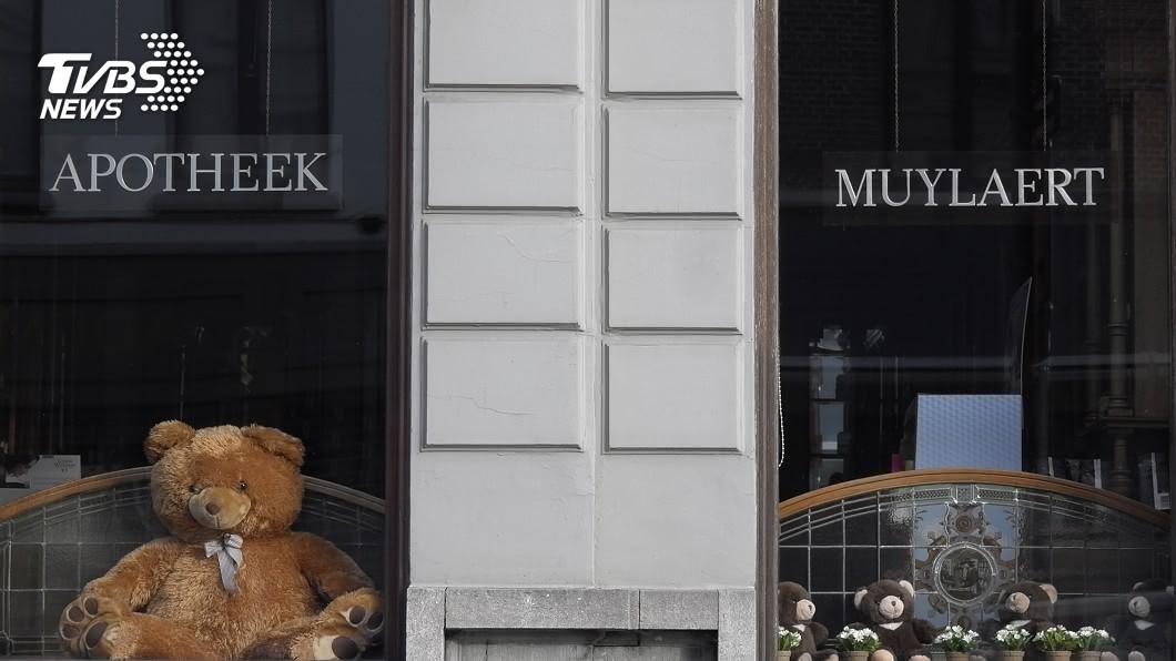 芬蘭掀起泰迪熊挑戰 增加孩子出門樂趣