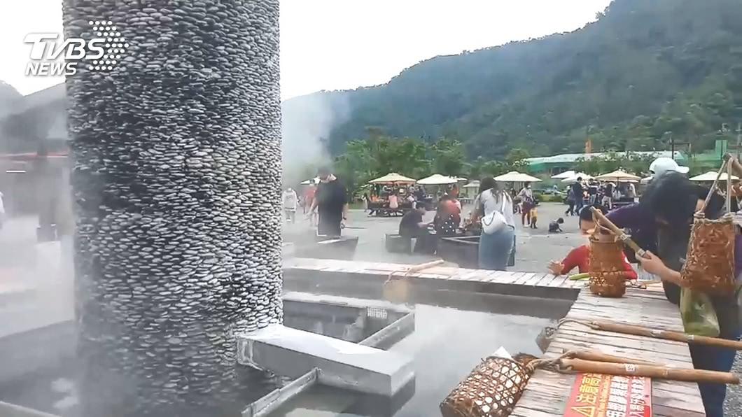 圖/TVBS資料畫面 快訊/清水地熱人潮滿 停車數達50%啟動管制