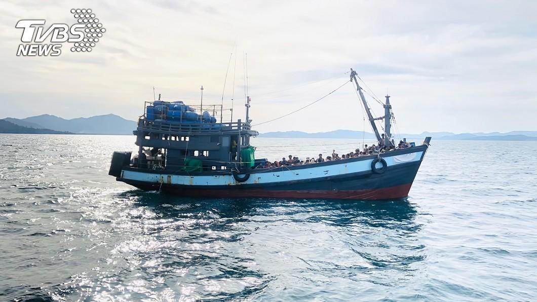 圖/達志影像美聯社 大海漂流2個月終獲救 近400洛興雅人險餓死