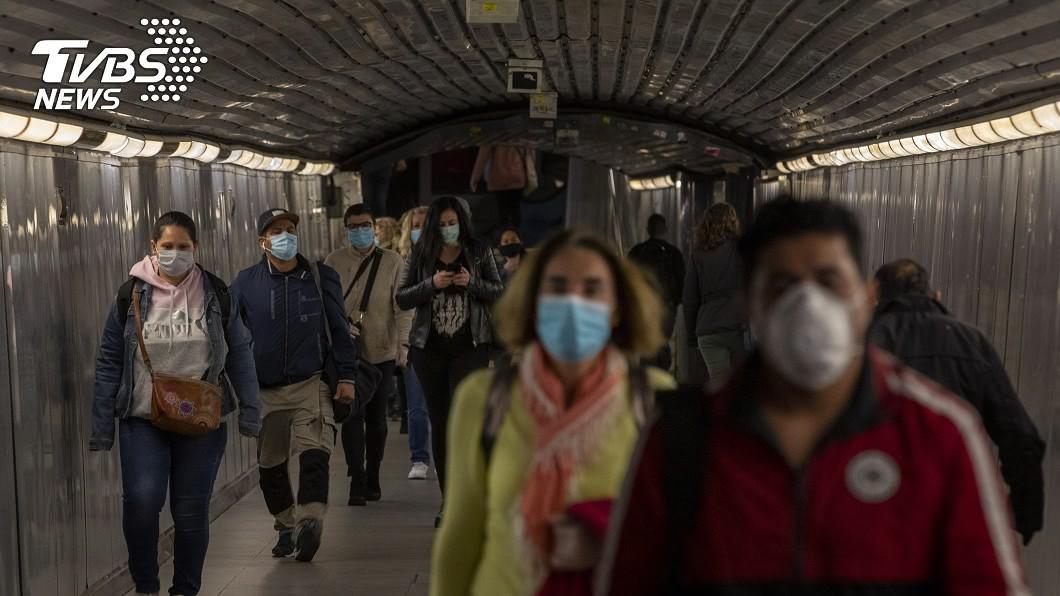 圖/達志影像美聯社 部分國家解封 WHO警告:歐洲仍處疫情風暴中心