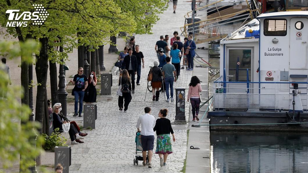 圖/達志影像路透社 法國疫情緩步改善 巴黎非飲用水驗出病毒