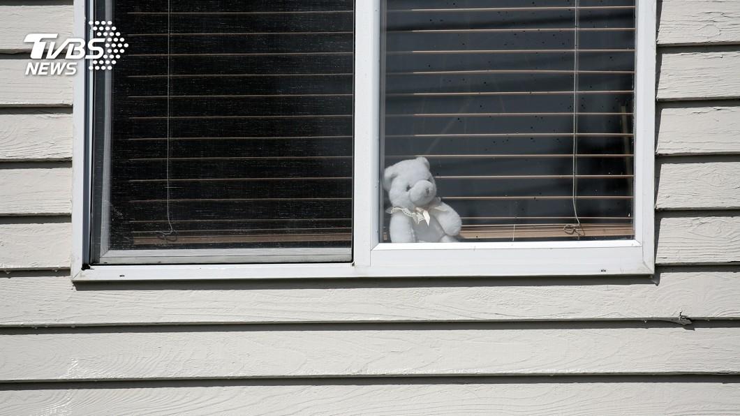 圖/路透社 日遊戲置入防疫宣導 美「狩獵娃娃」陪封城