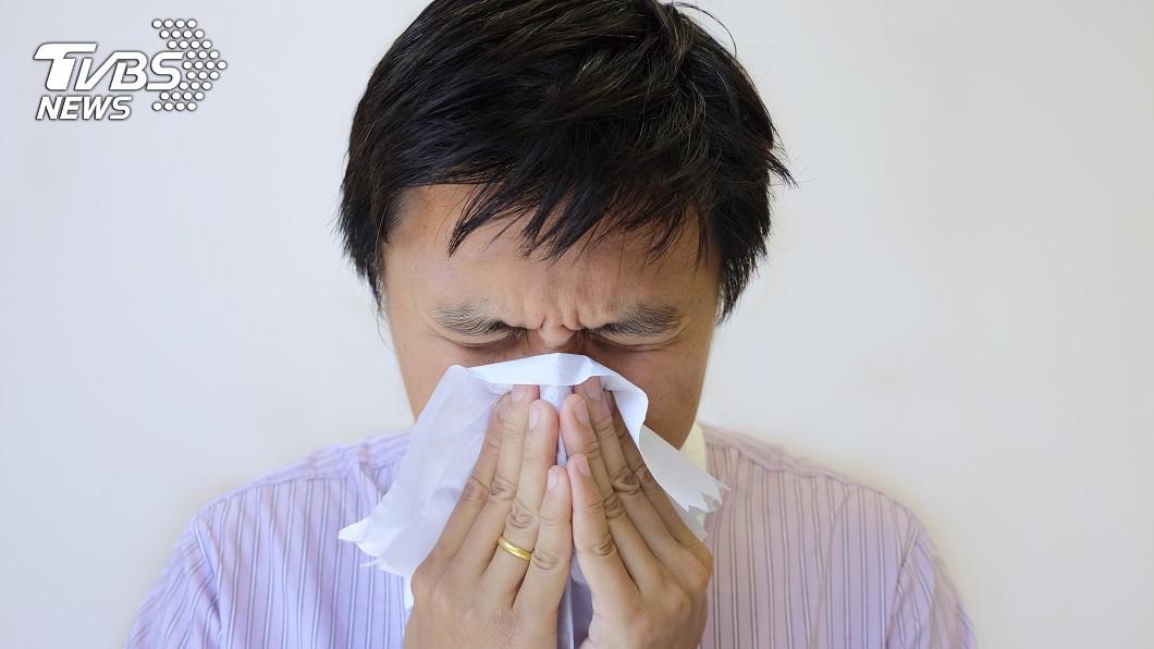 (示意圖/shutterstock 達志影像) 嚴重鼻塞困擾30年 竟是頸椎壓迫引發