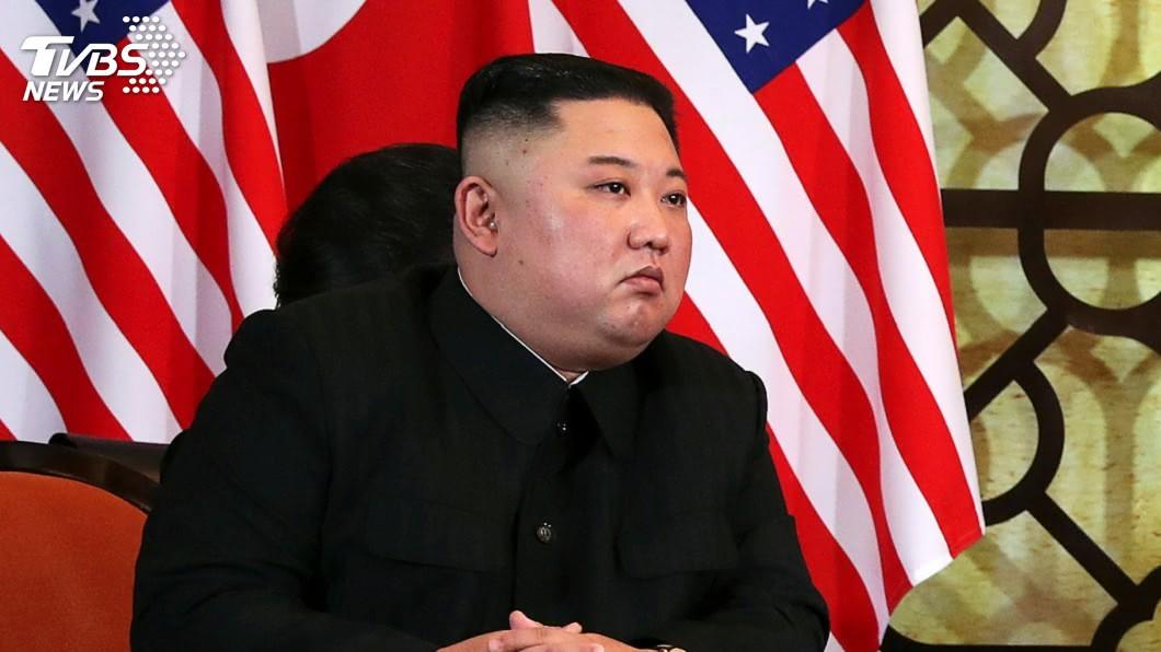 北韓領導人金正恩的身體狀況究竟為何,全球都在密切關注中。(圖/達志影像美聯社) 5年胖40公斤!御廚曝金正恩奢華菜單 必吃「3道菜」