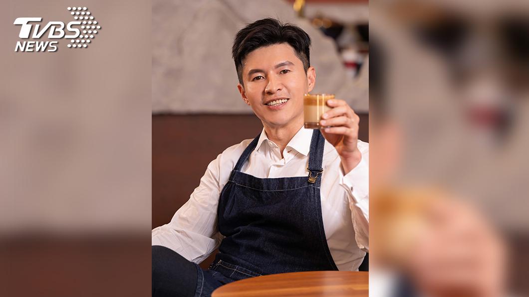 圖/TVBS提供 「國民哥哥」謝曜州追美食  因400次咖啡懷疑人生