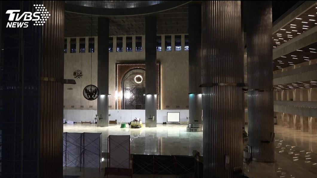 圖/中央社 武漢肺炎改變齋戒月傳統 印尼穆斯林仍堅持信仰