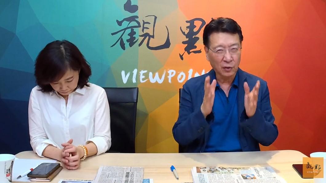 趙少康和尹乃菁在節目中對談。(圖/翻攝自YouTube觀點頻道) 「萬元之亂」禍首是誰?趙少康怒點名他:520保衛戰