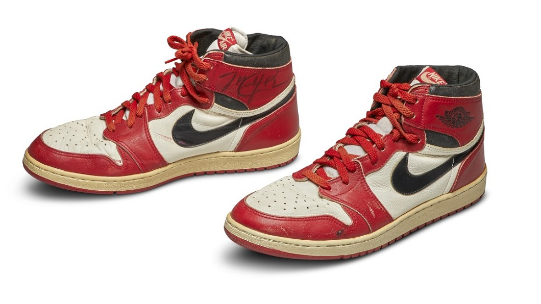 圖/翻攝自sotheby's 官方網站 紀錄片熱播!喬丹簽名球鞋拍賣 估達百萬天價