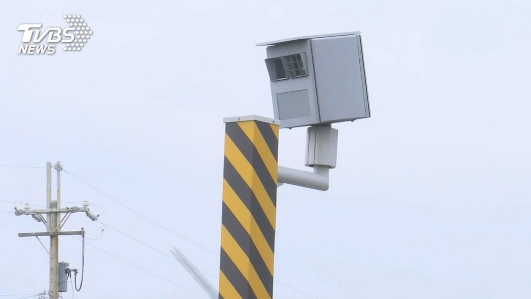 區間測速新制明年元旦上路。(圖/TVBS) 區間測速新制元旦上路 警政署將督導辦理檢定